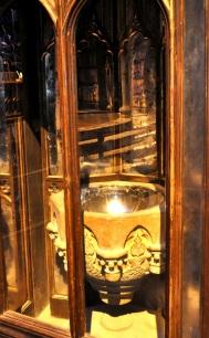 Props - The pensieve in a cupboard in Dumbledore's office