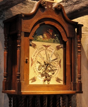 Props - the Weasley's unbelievable clock