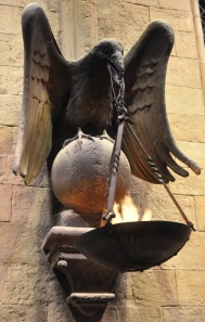 Set detail - Ravenclaw in the Great Hall