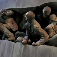 Set - The Ministry of Magic's new statue